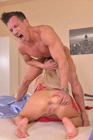 She SuXXX His Dick: Face Plumbing For A Yam-sized Guy goo Load!